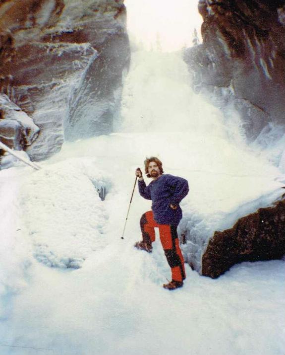 גיא גונן באחד ממסעותיו (צילום: מהאלבום הפרטי)