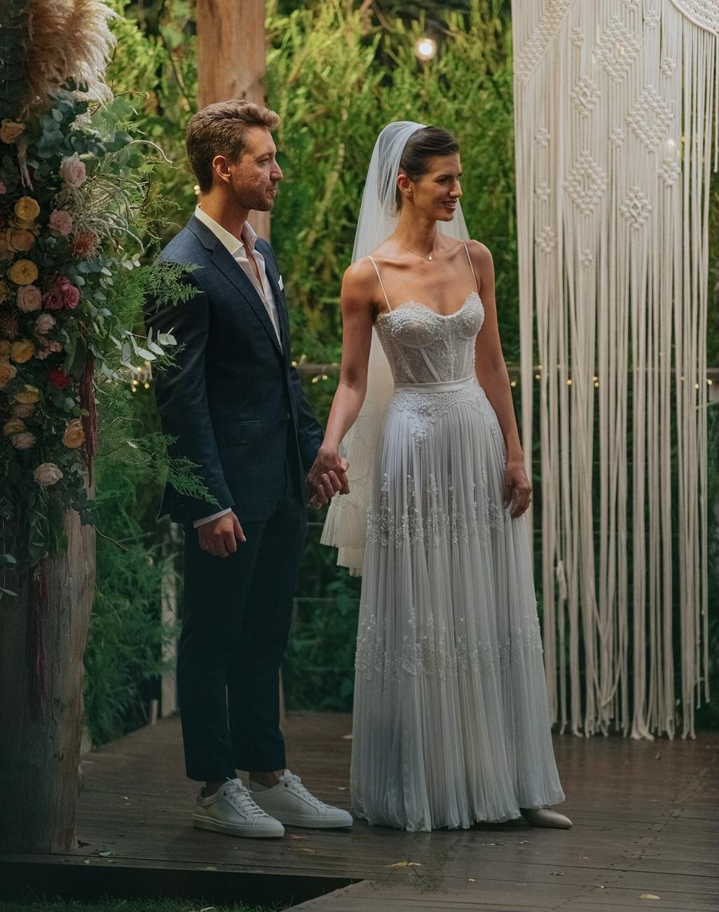 הדר ברייר בשמלת כלה של המעצב אריאל טולדנו צילום קובי מהגר