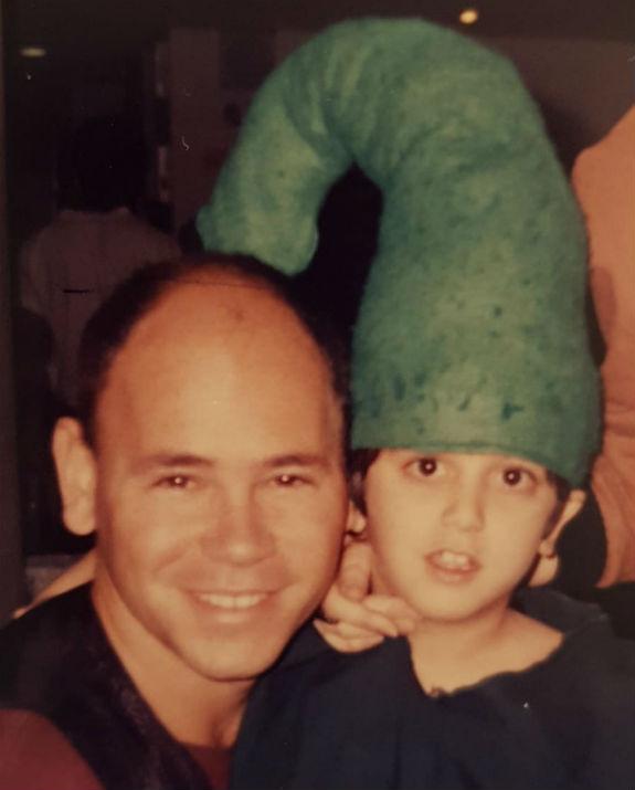 בן לאון בילדותו בפסטיבל יחד עם רמי קלינשטיין (צילום: אלבום הפרטי)