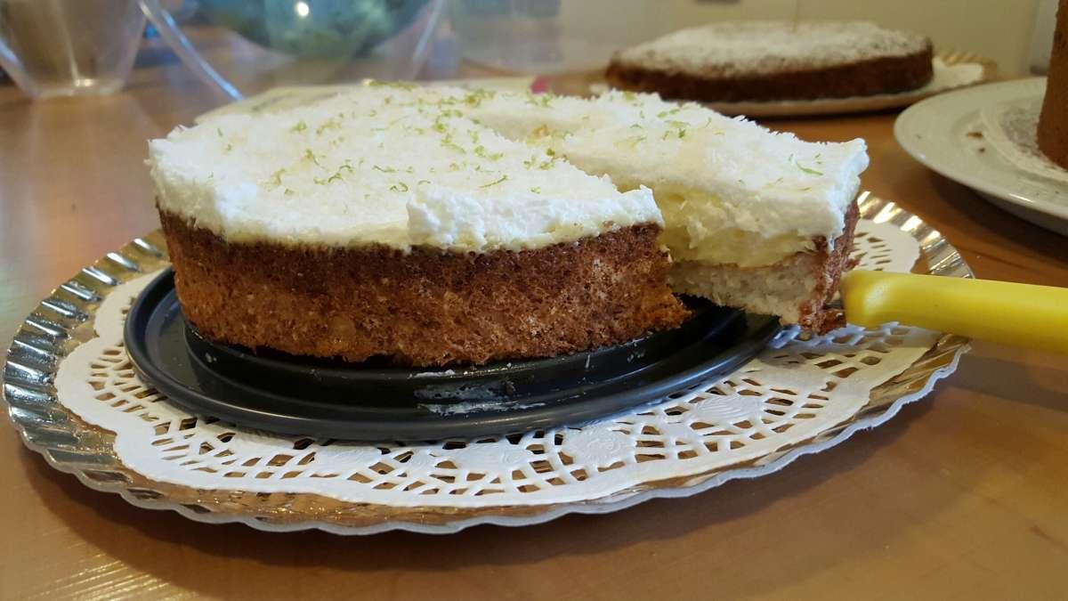 עוגת קוקוס וקרם לימון