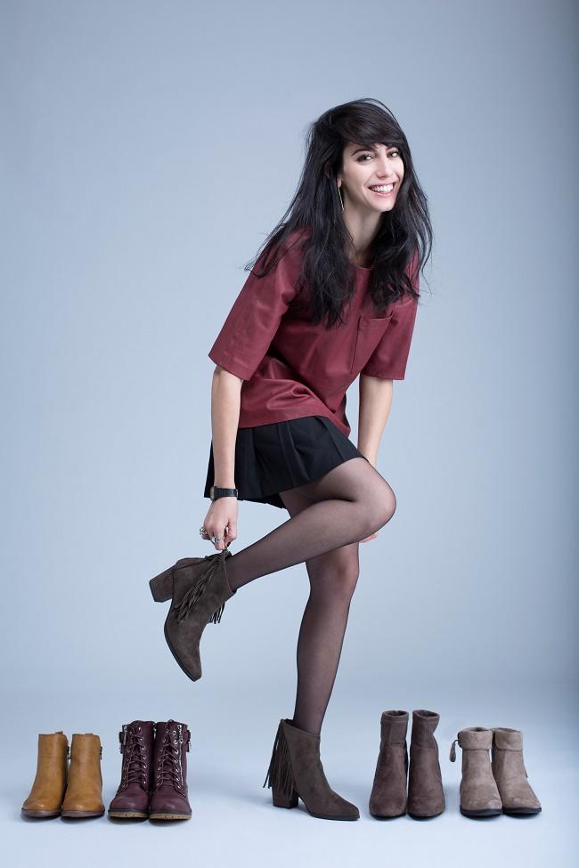 גלי- דוגמנית סופיה טייב (אחות של נינט טייב)  . מחיר המגפונים - 299.90 שח  צלם זוהר שיטרית
