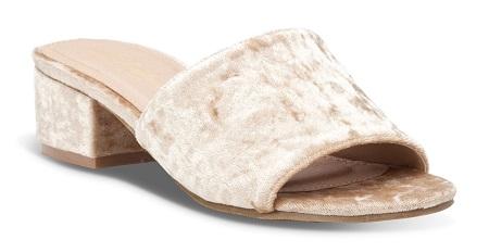 745188_נעלי גלי נשים מחיר 179.90 שח צילום ירון ויינברג (3)