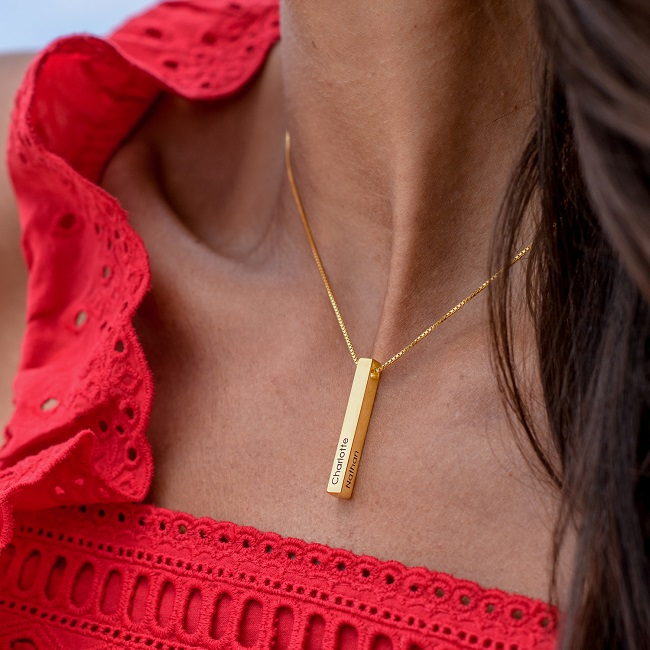 httpswww.mynamenecklace.co.ilcollectionsmother-necklacesproducts3d-bar-necklace-dup-18k-gold