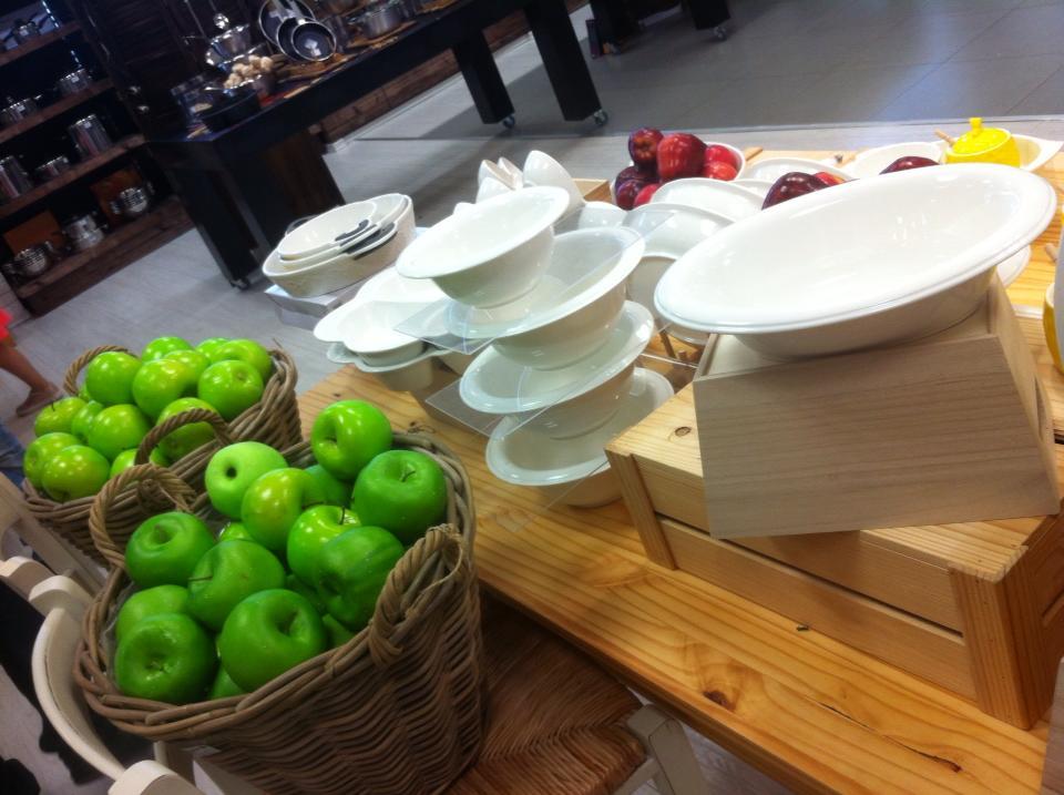 נעמן כלים ותפוחים
