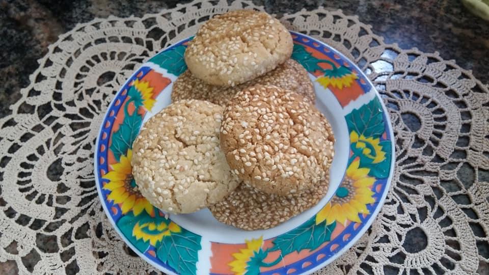 עוגיות טחינה ושומשום