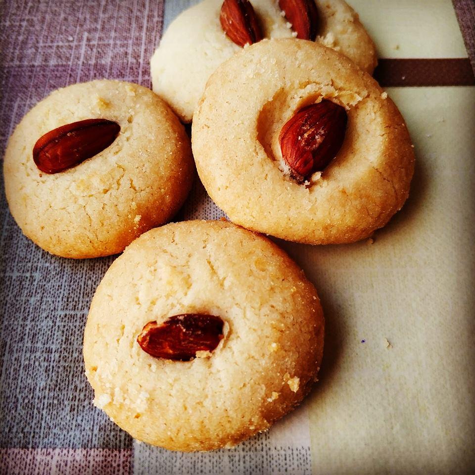 עוגיות עם ממרח נוגט