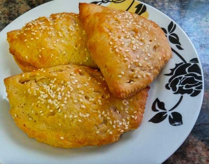 בורקיטס אפויים של בצק מבושל