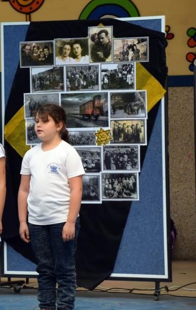 """מתוך טקס יום השואה בבה""""ס"""