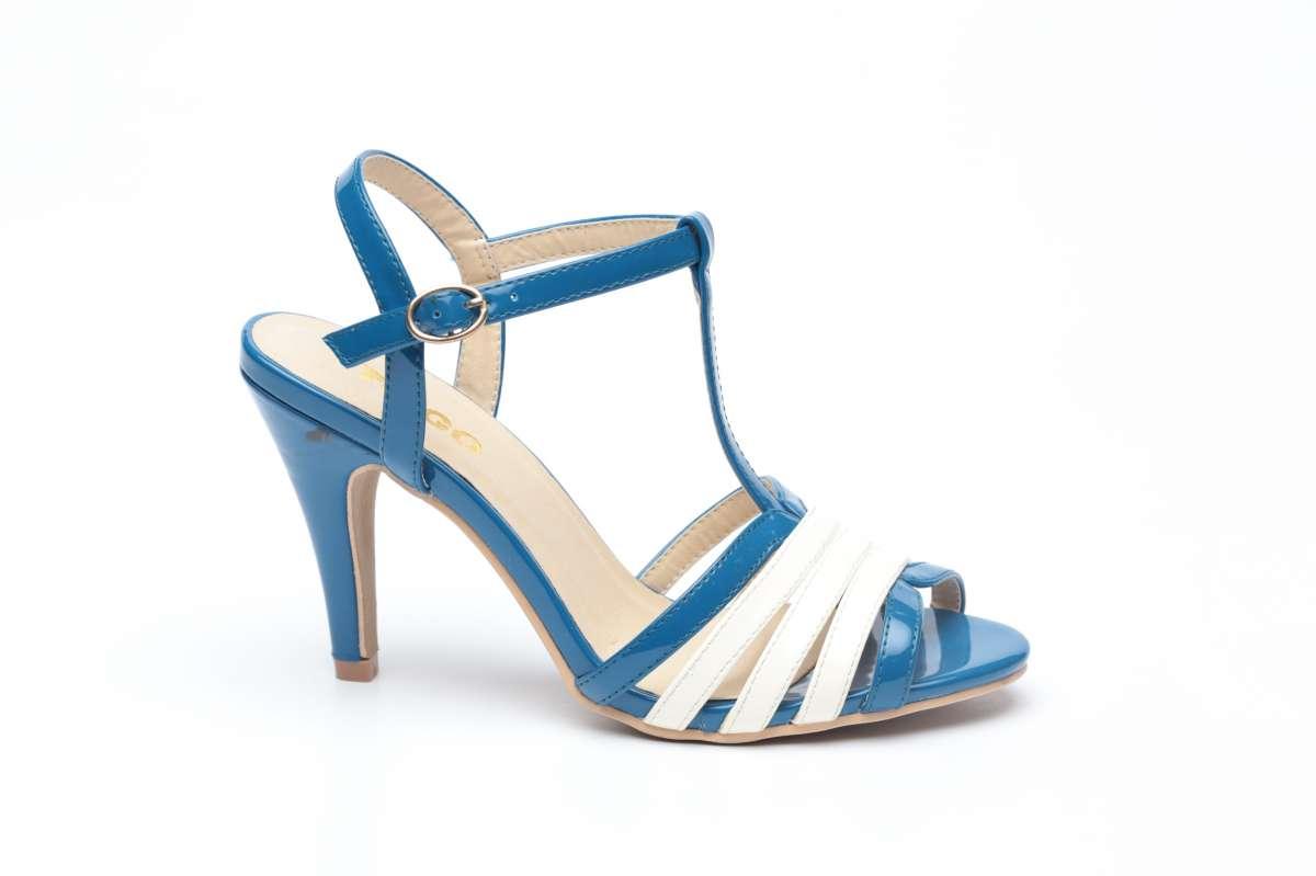 נעליים קולקציית אביב קיץ 2015 לרשת טו גו - 149.90 שח. צילום עמירם בן ישי...