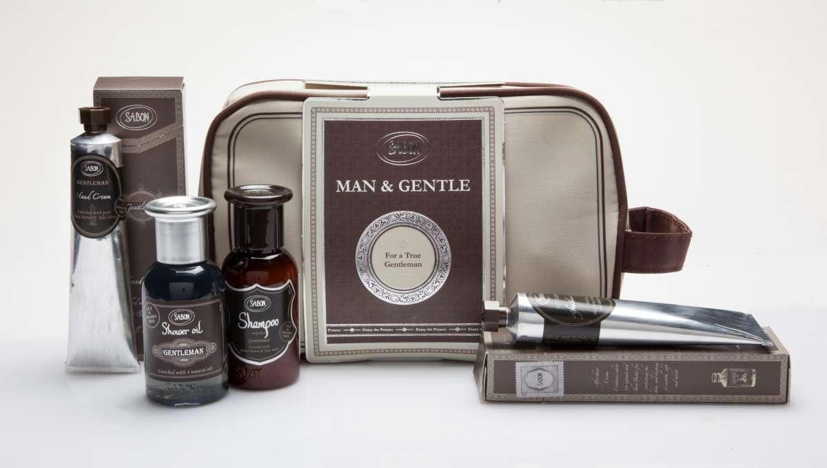 SABON, For a true gentleman, מארז תיק רחצה המכיל מוצרים לגבר בניחוח הדרים , 119שח, צלם דן לב (Custom)