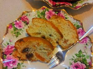 עוגת פירות יבשים ומי ורדים - הבלוג של שרון מקונדיטוריה שרון & רנה - קונדיטוריה | קייטרינג | מגשי ארוח