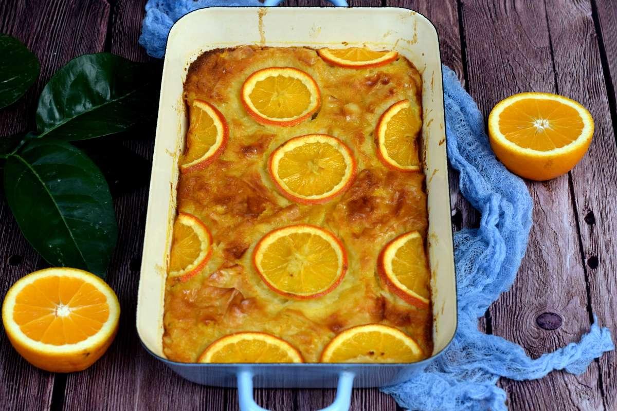 מאפה פילו, יוגורט ותפוז יווני. צילום: פני רבינוביץ