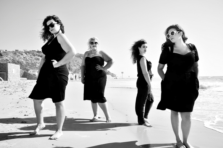 יפה בכל צורה אירוע האופנה של גאלה  צילום איתן טל  לובשות נומה סו סימפל צילה דרגונפליי טליה (Copy) (2)