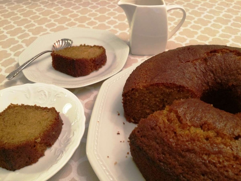 עוגת דבש עם פרוסות