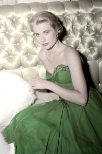 Grace-Kelly-Vogue-11Nov14-Getty_b_426x639