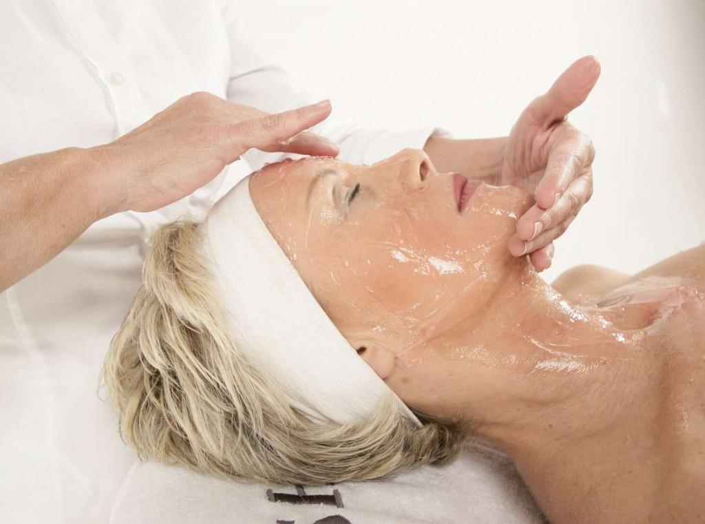 טיפולי פנים WISH של כרסטינה (1)