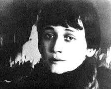 המשוררת אנה אחמוטבה